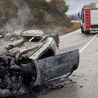 Herida grave en un accidente y posterior incendio en la EX-119