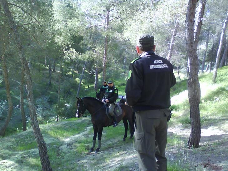 Los policías medioambientales se sienten indefensos