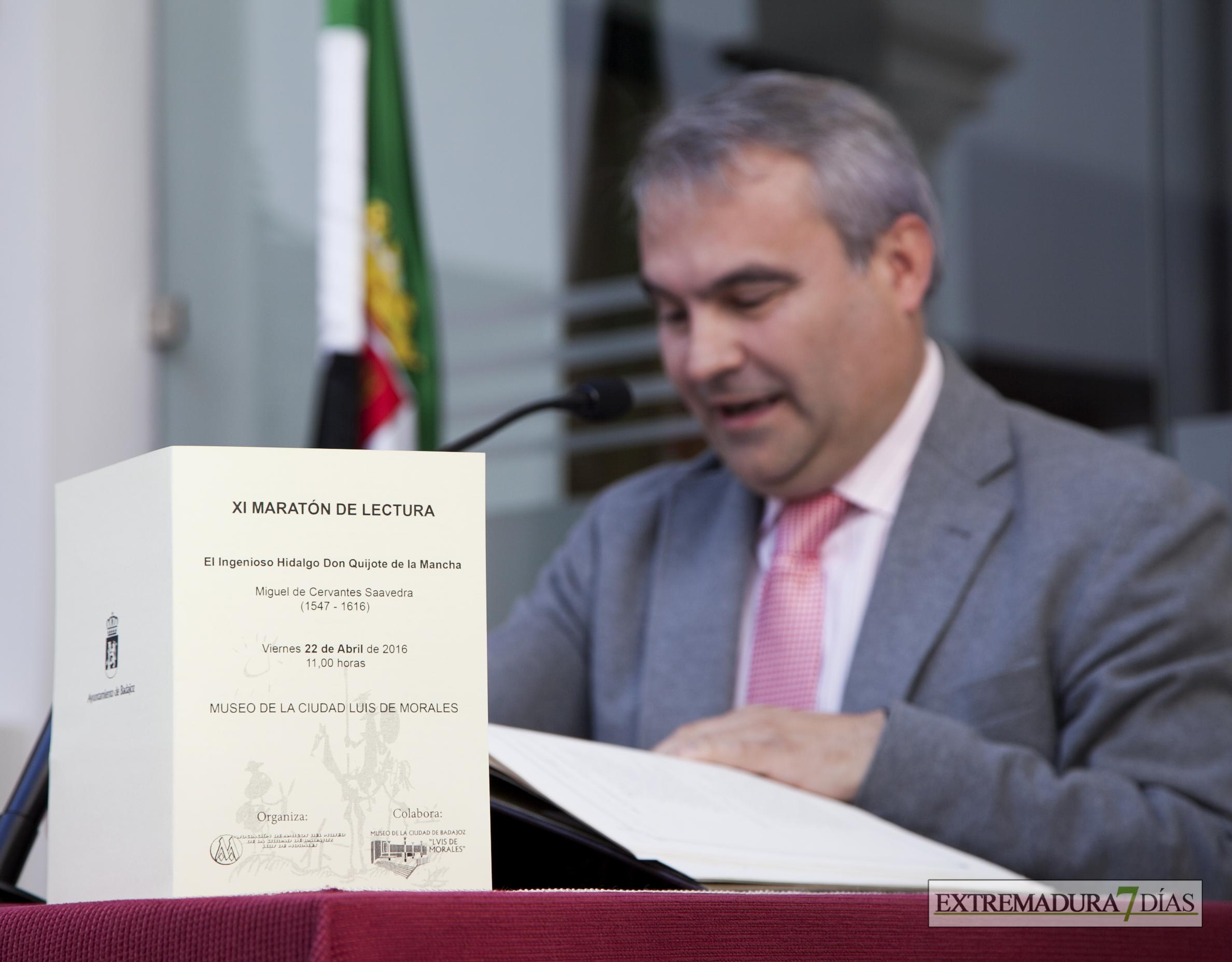 Badajoz celebra el Día del Libro con un maratón de lectura