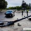 Un vehículo colisiona contra un semáforo en Ricardo Carapeto