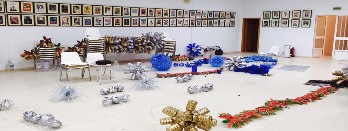 Entrin Bajo (Badajoz) presenta su Navidad reciclada