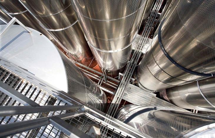 La producción industrial experimenta una bajada en la región