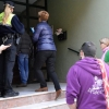 Una familia es desahuciada en Valdepasillas (Badajoz)