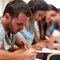 Los docentes de Secundaria en lista de espera pueden actualizar sus méritos