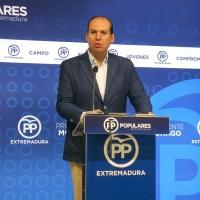 """El PP advierte que Vara """"quiere subir los impuestos"""""""