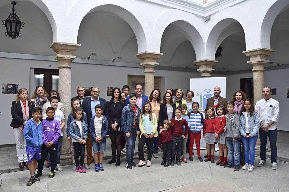 30 centros educativos de Mérida luchan por conservar los monumentos