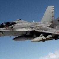 Muere un piloto tras estrellarse con un F18 en Torrejón de Ardoz