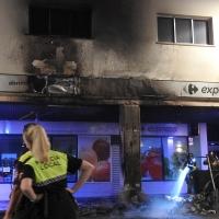 El incendio en Juan Carlos I afectó a parte del edificio