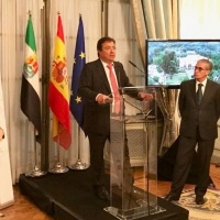 Vara presenta en Bruselas la Fundación Academia Europea e Iberoamericana de Yuste