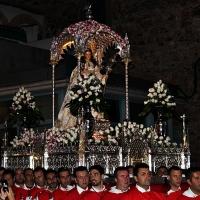 La Mártir Santa Eulalia lucirá este año un traje rojo