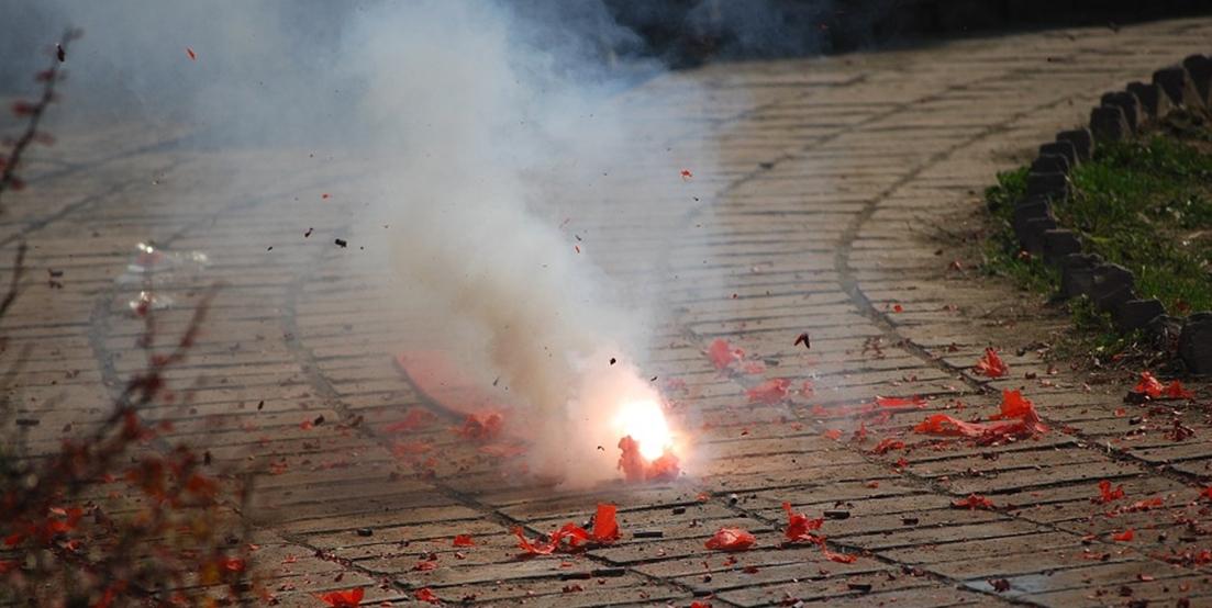 La Policía interviene miles de petardos en tres bazares chinos de Badajoz