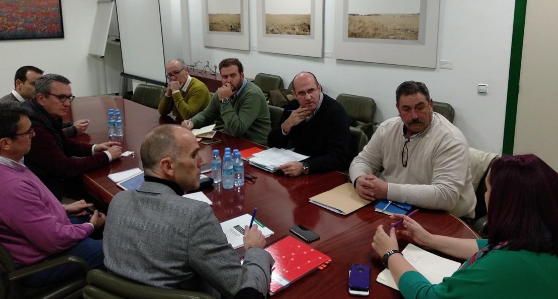 Medio Ambiente comunica a los agricultores que el regadío de Tierra de Barros es viable