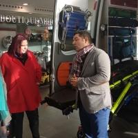 Cruz Roja entrega dos ambulancias todoterreno a la Junta