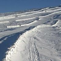 La Covatilla acumula un metro de nieve y comienza a abrir pistas