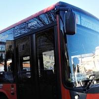 Podemos critica ambigüedad de Osuna sobre los despidos del servicio de transporte