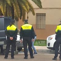 Encuentran a un hombre muerto tras la alarma de una vecina