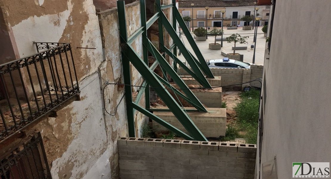 Otro edificio se viene abajo en el Casco Antiguo de Badajoz