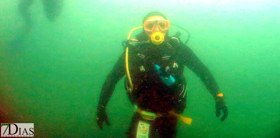Prácticas subacuáticas de la asociación AEXME