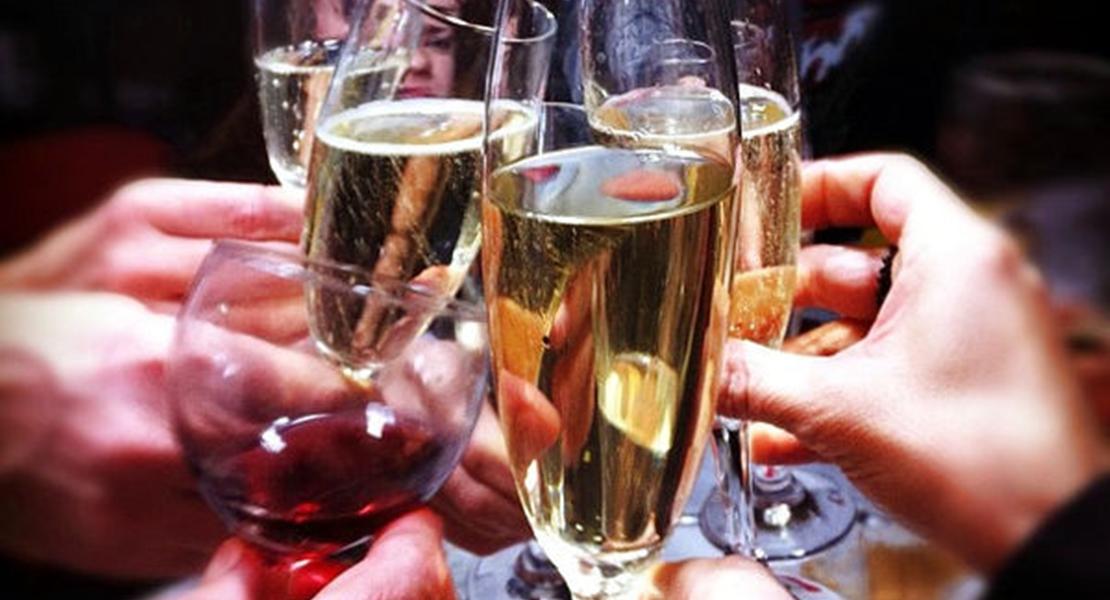 El sábado, brindis colectivo por el vino con denominación de origen