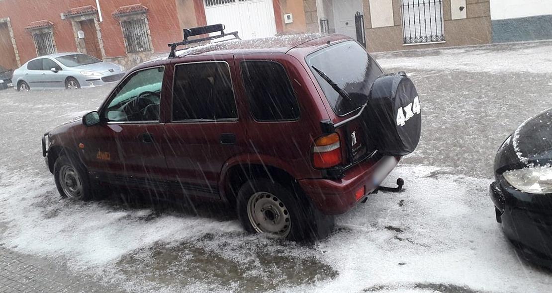 Intensa granizada e inundación en Guareña (Badajoz)