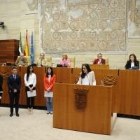 Estudiantes de Badajoz se convierten en diputados por un día