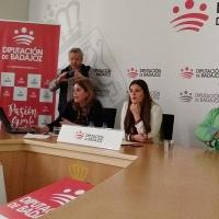 La Fototeca provincial presenta el desarrollo del Plan Badajoz