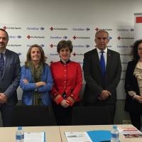 Carrefour y Cruz Roja firman un acuerdo laboral para jóvenes y mayores