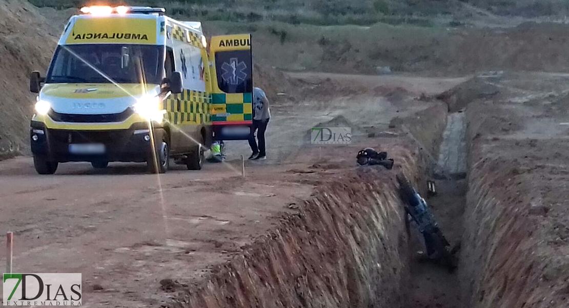 Herido tras caer a una zanja de 4 metros en Las Vaguadas (BA)