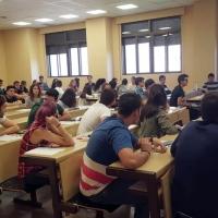 Miles de estudiantes repiten la selectividad debido al error de la Universidad