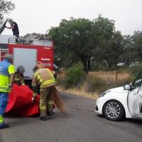 Una persona atrapada en un accidente en la carretera al Cementerio en Badajoz