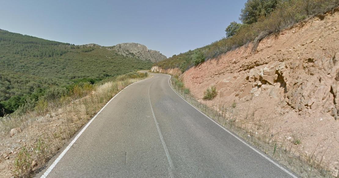 Dos jóvenes, de 18 y 16 años, heridas en un accidente de tráfico en la provincia cacereña
