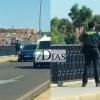 Un guardia civil evita que una joven se arroje del Puente Nuevo de Mérida