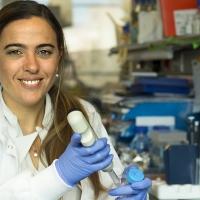 Una joven científica extremeña, premiada por sus investigaciones sobre la obesidad