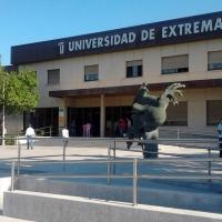Exigen la dimisión del gerente y del vicegerente de la Universidad