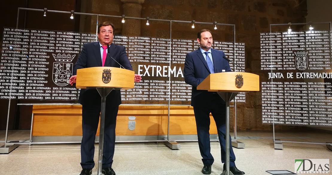 Ábalos anuncia la adquisición de 5 trenes híbridos pero los plazos se mantienen
