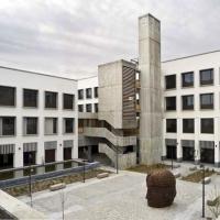 'Guerra' en el Palacio de Justicia de Mérida por los aparcamientos