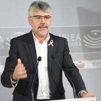 PSOE presenta una ley para eliminar la burocracia de la Administración