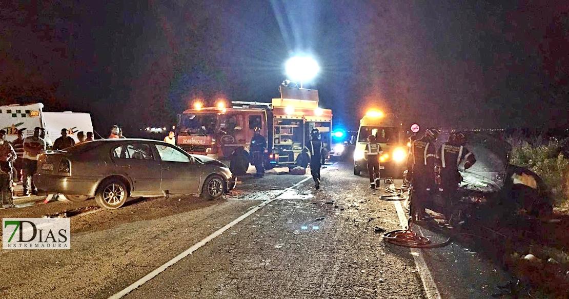 Imágenes del accidente en la carretera EX-105