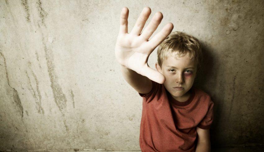 Marcha solidaria contra el maltrato infantil