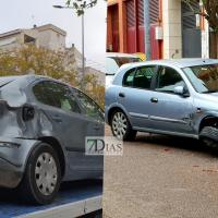 Choca contra cuatro coches aparcados en una calle de Badajoz