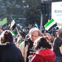 Ayuntamientos del PSOE continúan sumando autobuses gratuitos para el 18-N en Cáceres