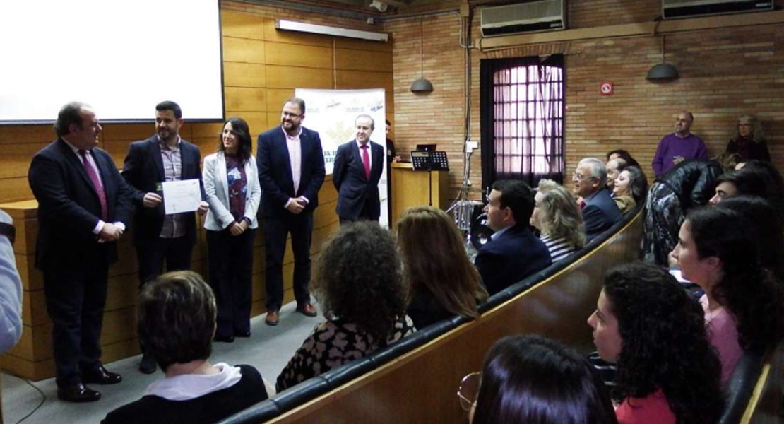 20 estudiantes extremeños premiados por su esfuerzo y dedicación