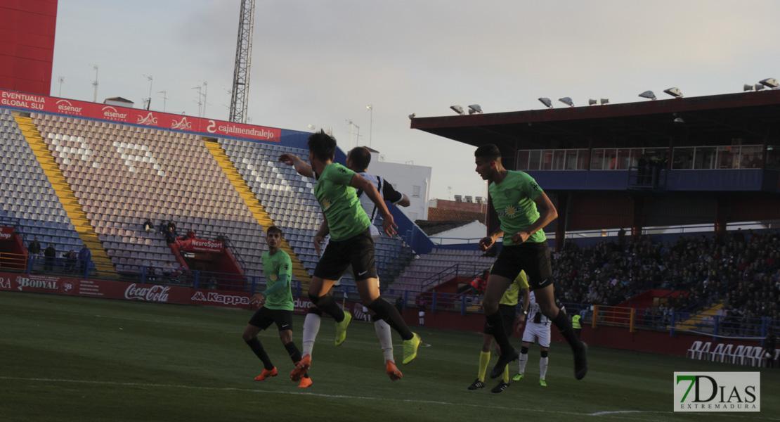 Imágenes del CD. Badajoz 1 - 1 Almería B