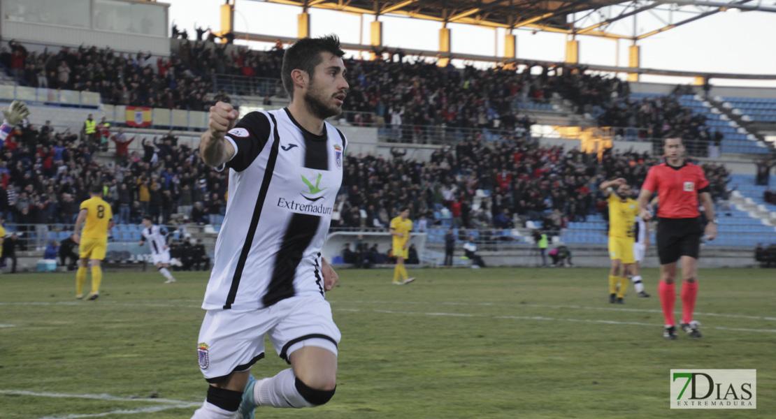 Imágenes del CD. Badajoz 2 - 1 Villanovense