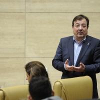 Vara admite que personal de su confianza dirige las empresas públicas y Podemos se escandaliza
