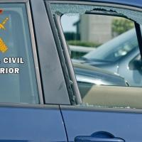 La Guardia Civil detiene a dos adolescentes por robos en vehículos