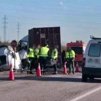 Cinco jóvenes fallecen en una colisión frontal en la A-394