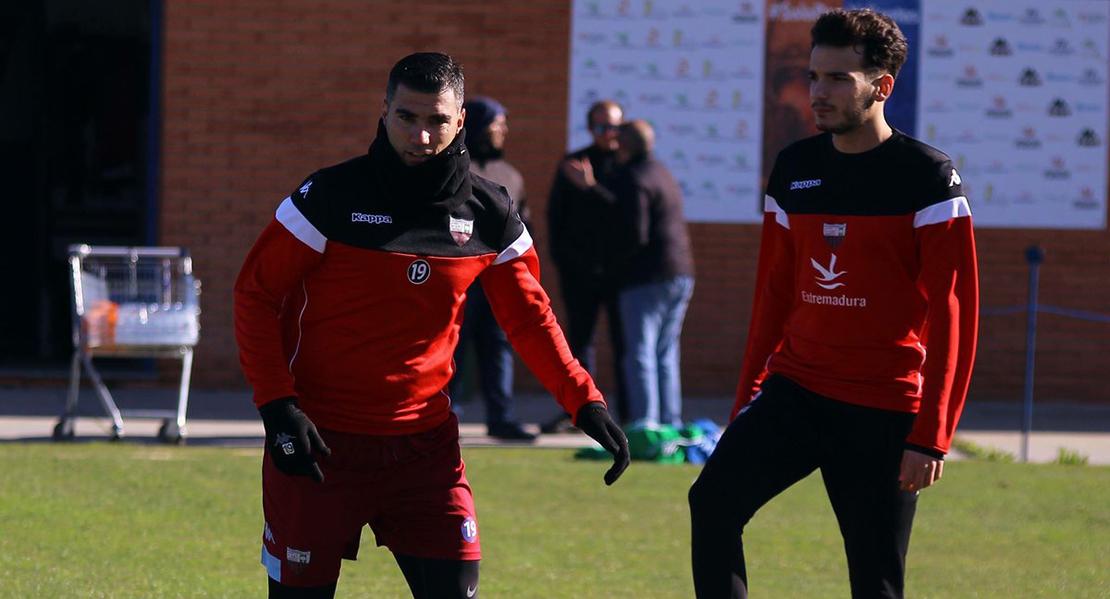 Problemas burocráticos retrasan el debut de Reyes con el Extremadura UD