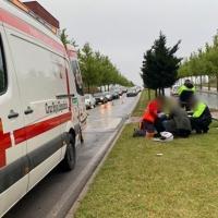 Un joven de 22 años sufre un accidente de moto en Badajoz