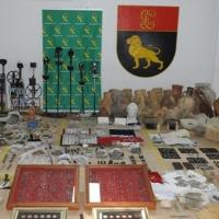 La Guardia Civil detiene a 10 personas por expolio y falsificación